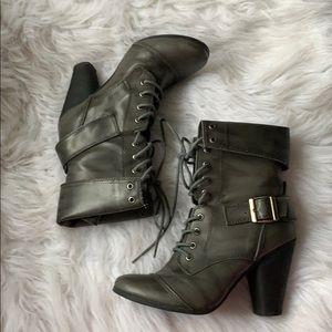 LE CHATEAU Dress Boots